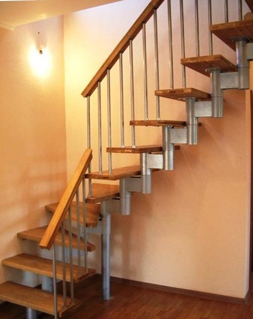 Перила для лестницы в доме - виды, высота и оформление